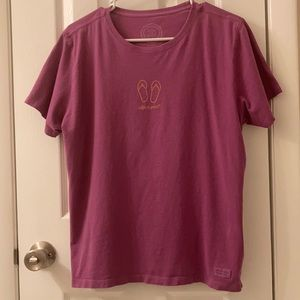 5/$25 Life Is Good t-shirt, size Large